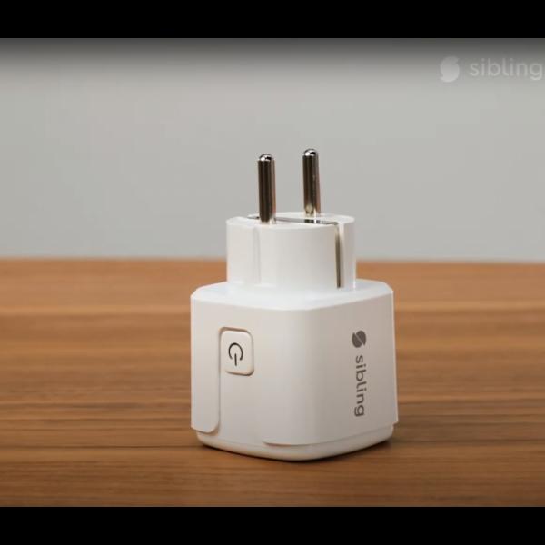 Умная wi-fi розетка с расходометром Lux